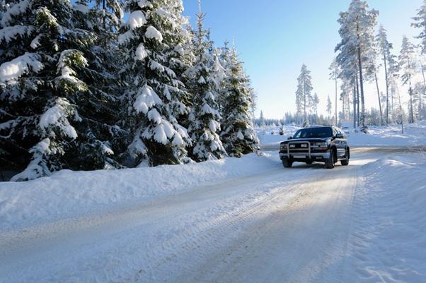 Legea privind cauciucurile de iarnă - riscurile la care se expun șoferii dacă nu respectă prevederile